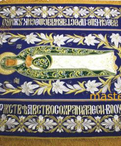 plashchanitsa-Bogoroditsy-bolshie-lilii